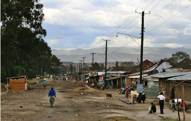 Resultado de imagem para cidade africana pobre